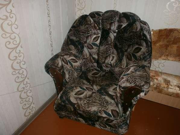 Продам Кресло на колёсах (цвет Каштан), в Хор. состоянии