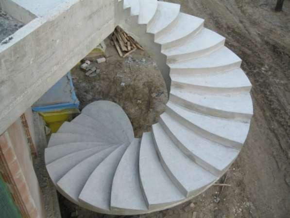 Эксклюзивные монолитные лестницы в фото 5