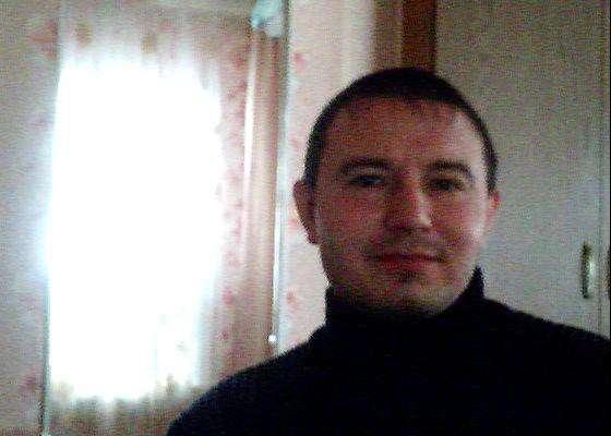 Ilmar, 46 лет, хочет пообщаться