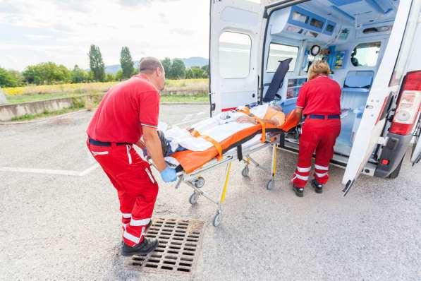 Перевозка лежачих больных, инвалидов в Москве