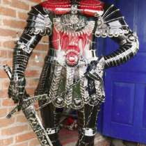 Скульптура рыцаря с мечом из металла, в Краснодаре