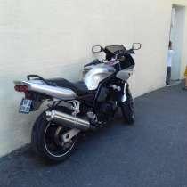 СРОЧНО продам мотоцикл Yamaha Fazer FZS600 1999. Польская, в г.Париж