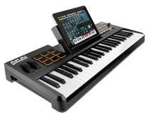 Продам миди-клавиатуру Akai Synthstation49, в Новосибирске