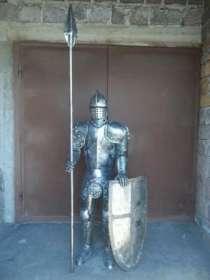 Скульптура рыцаря из металла, в г.Белореченск