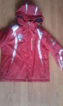 Продам зимнесезонный костюм на мальчика, в Оренбурге