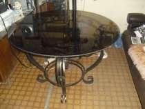 Стол обеденный с стеклянной столешницей, в г.Белореченск