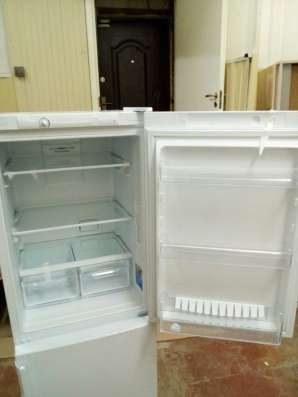 Холодильник Indesiit ef16