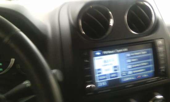 Продажа авто, Jeep, Liberty (Patriot), Автомат с пробегом 75000 км, в Санкт-Петербурге Фото 2