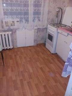 Продаю отличную 2к. квартиру на Военведе