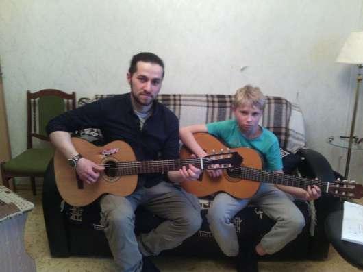 Обучение игре на гитаре в Москве Фото 1