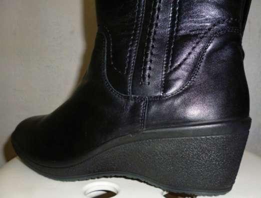 Продам сапоги женские зимние, новые, размер 38, цвет черный в Челябинске Фото 1