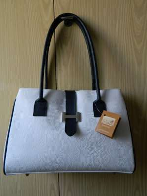 Новая кожаная сумка FIRENZE (ITALY) белая с синей отделкой