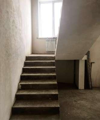 Продам дом 664 кв. м. с четырьмя 2-уровневыми квартирами