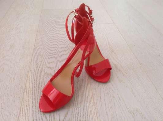 Продам эксклюзивную обувь 36 размера