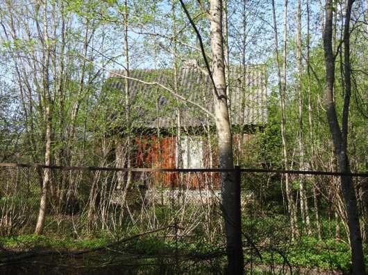 В Строганово Гатчинского района продается дача с участком