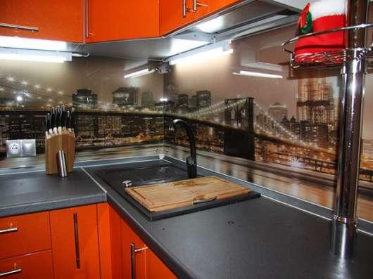 Фотопечать на стекле, фартук для кухни с фотопечатью