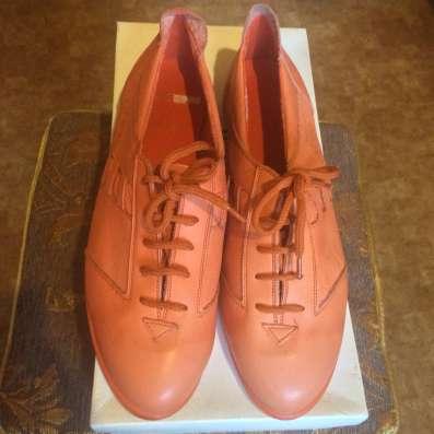 Новые кожаные кеды Tamaris