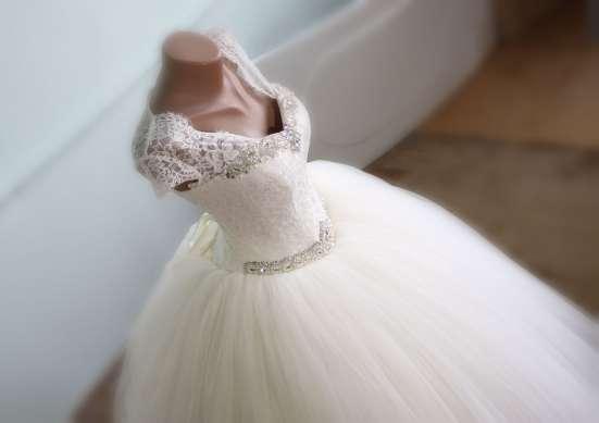 Свадебное платье новое с маленьким рукавчиком в г. Симферополь Фото 1
