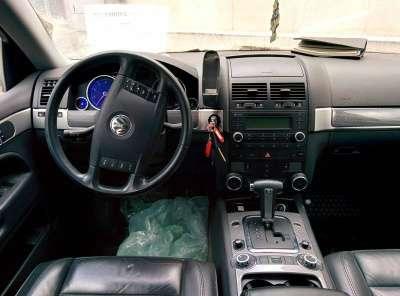 внедорожник Volkswagen Touareg, цена 389 000 руб.,в Санкт-Петербурге Фото 3