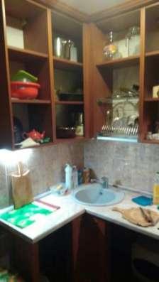 комнату в общежитие ул.алексеевская 3
