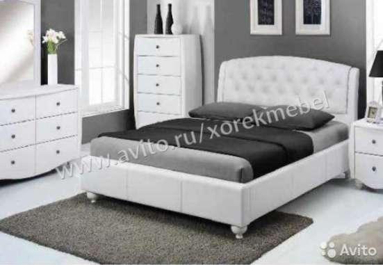 Кровать с бельевой нишей 160х200 и кристаллами