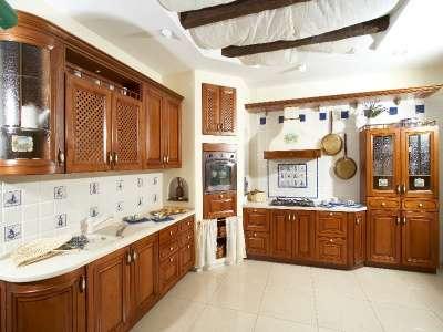 Кухни на заказ от фабрики Спутник Стиль