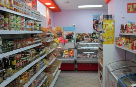 Продуктовый магазин у метро с прибылью