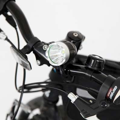 Светодиодная велофара 1800lm
