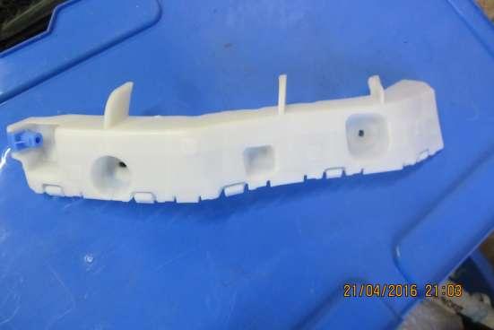 Кронштейн заднего бампера правый Chevrolet Spark