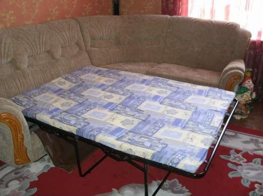 Продам диван угловой-трансформер.+ кресло