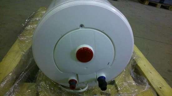AEG EWH 75 Slim накопительный водонагреватель