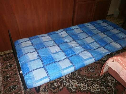 Складная полуторная кровать-тумба со спинкой, матрацем