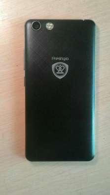 Телефон Prestigio 5'5