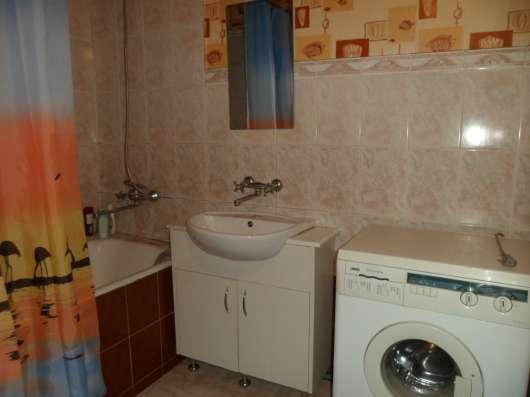 2-х комнатная посуточно Севастополь Центр ул. Большая Морск Фото 2
