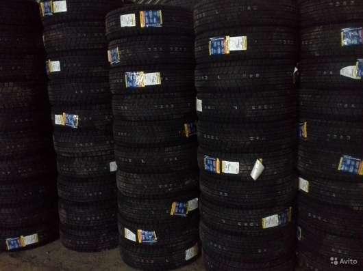 Новые липучки Dunlop 235/50 R18 Winter Maxx SJ8 в Москве Фото 1