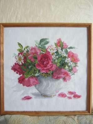 Картина Цветущий сад. Розы и ромашки
