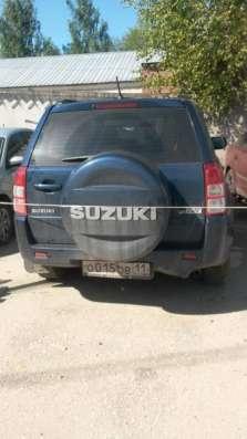 автомобиль Suzuki Grand Vitara
