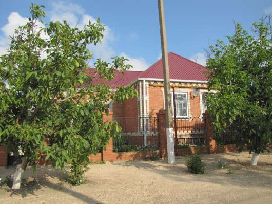Продам дом со всеми удобствами, недалеко от моря