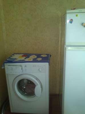 Сдам двухкомнатную квартиру в Калининском р-не.4500 руб