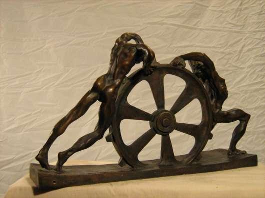 Скульптура из бронзы в Санкт-Петербурге Фото 2