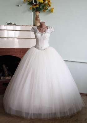 Свадебное платье новое с маленьким рукавчиком в г. Симферополь Фото 4
