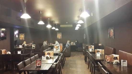 Действующий ресторан рядом с метро