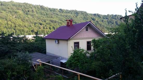 Продам 2-х этажный дом на участке 13 соток