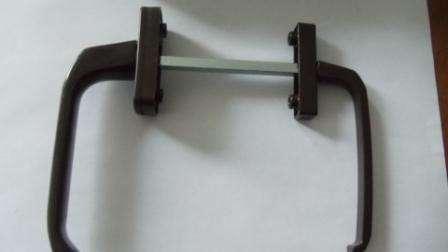 Ручка двухсторонняя асимметричная без замка, металл