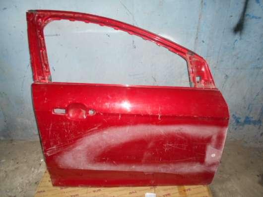 Передняя правая дверь на Ford Focus III цвет красный 2011-16