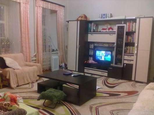 2 комнаты (27 и 15 кв.м.) в 3х комнатной квартире