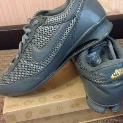 Продам новые фирменные кроссовки оригинал модели разные