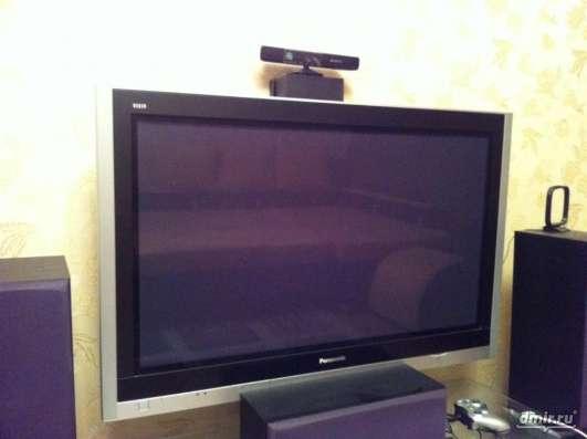 Плазменный телевизор Panasonic 105см экран по диагонали