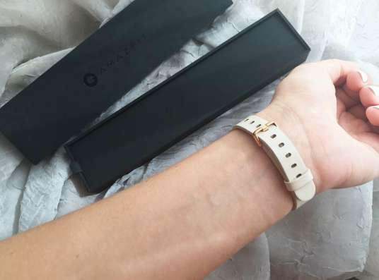 Фитнес-браслет Xiaomi Amazfit Band White в Москве Фото 1