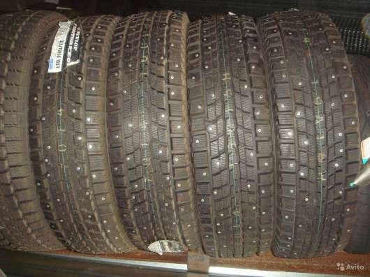 Новые шипы Dunlop 205/70 R15 Winter ICE01